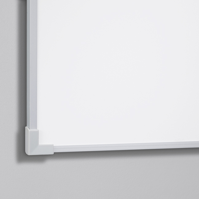 Boarder Whiteboard, naturanodiserad ram 4505 x 1205